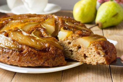 Torta invertida de peras