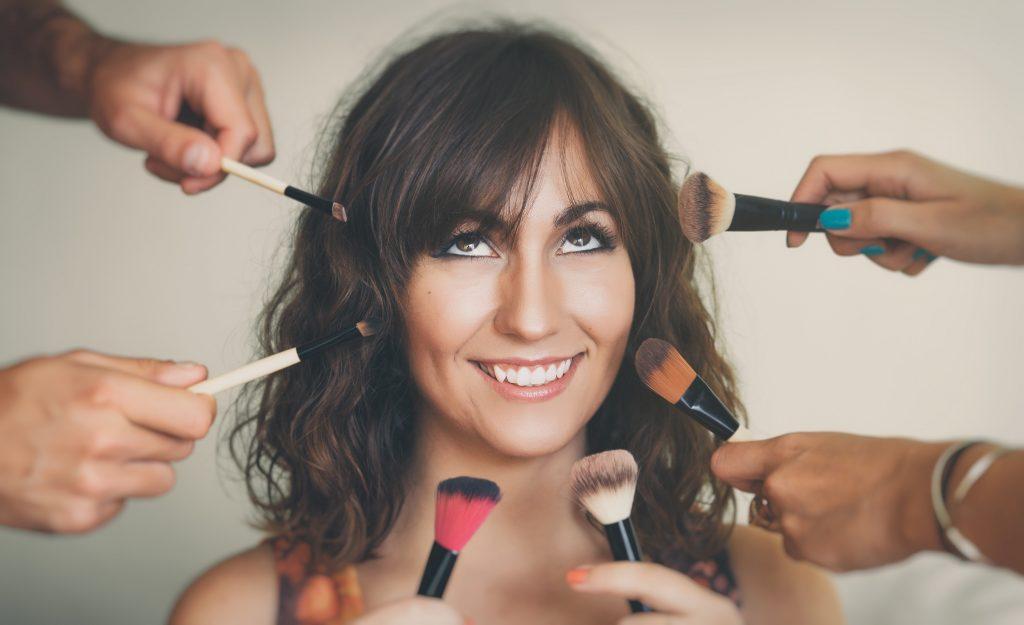 9 errores de make up que te hacen lucir más cansada